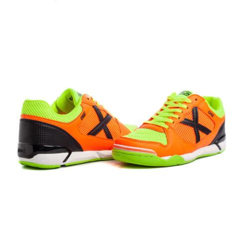nogometni čevlju IOne 030